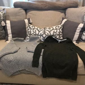 Vs sweaters like new!